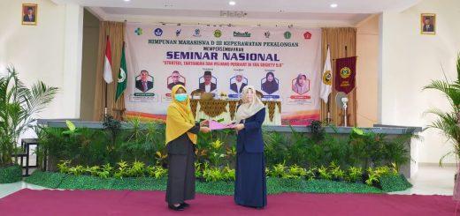 """Seminar Nasional """"Strategi, Tantangan, dan Peluang Perawat Di Era Society 5.0"""""""